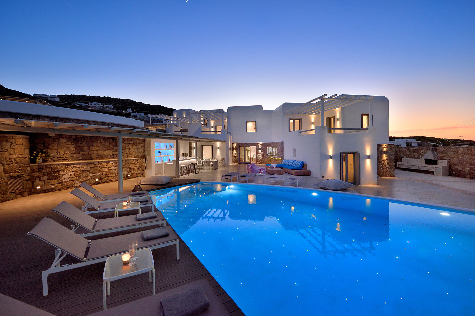 Mykonos Invest - Design Applications